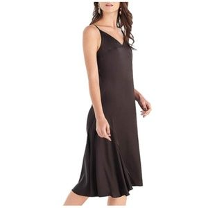 V Neck Spaghetti Strap Midi Slip Dress